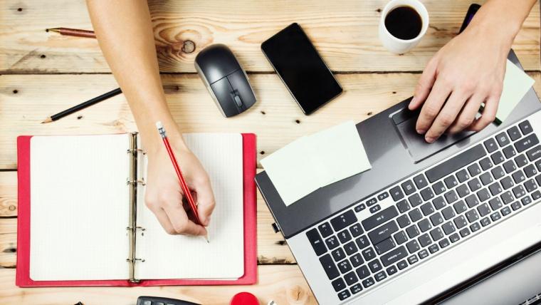 ¿Cómo trabajar como traductor por Internet?