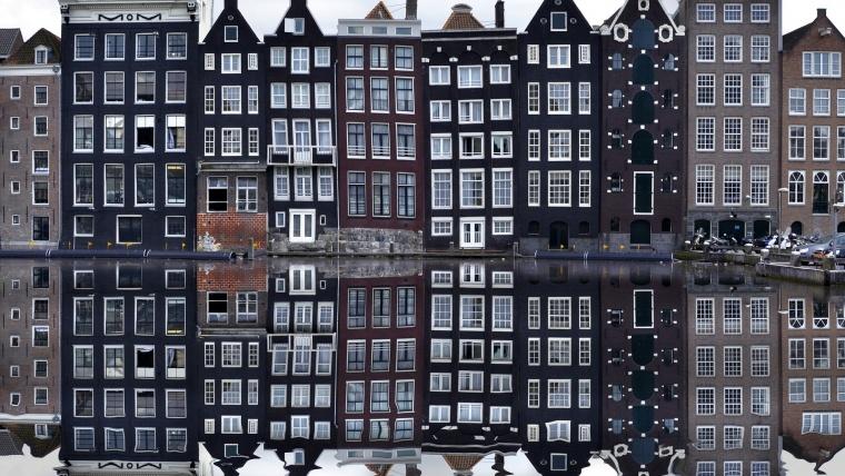 ¿Qué idioma se habla en Ámsterdam?