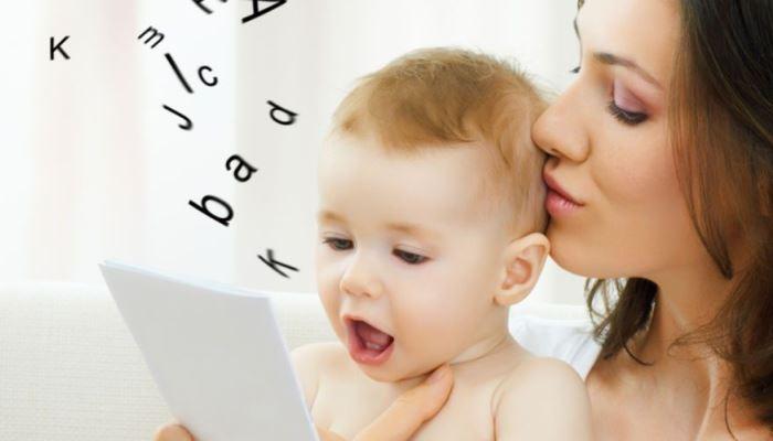 Desarrollo del lenguaje: etapa prelingüística y lingüística del niño