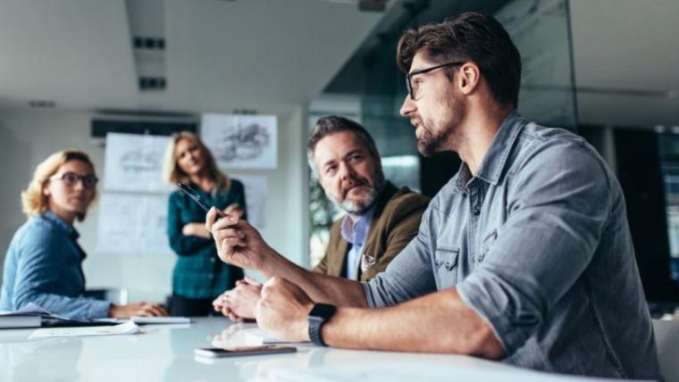 Qué es la comunicación interna y externa de una empresa: diferencias, similitudes y claves para el éxito
