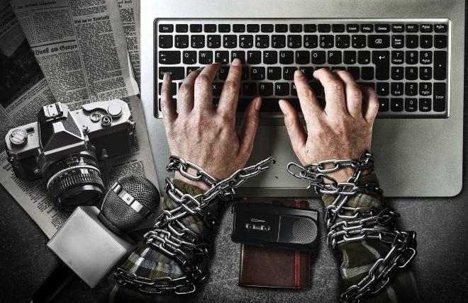 Cómo influyen los medios de comunicación en la vida cotidiana